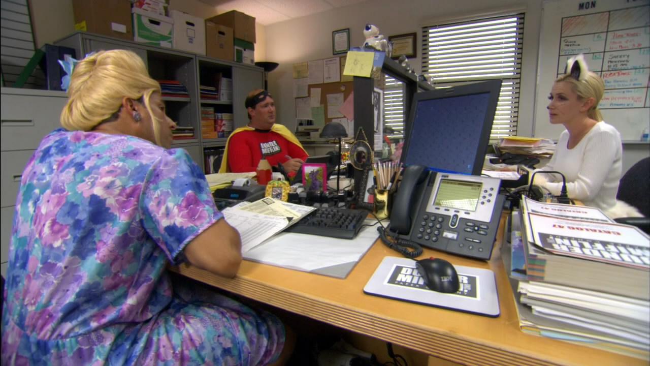 The.Office.S02E05.Halloween.720p.h264-CtrlHD.mkv_snapshot_06.35_[2014.12.09_14.36.05].jpg