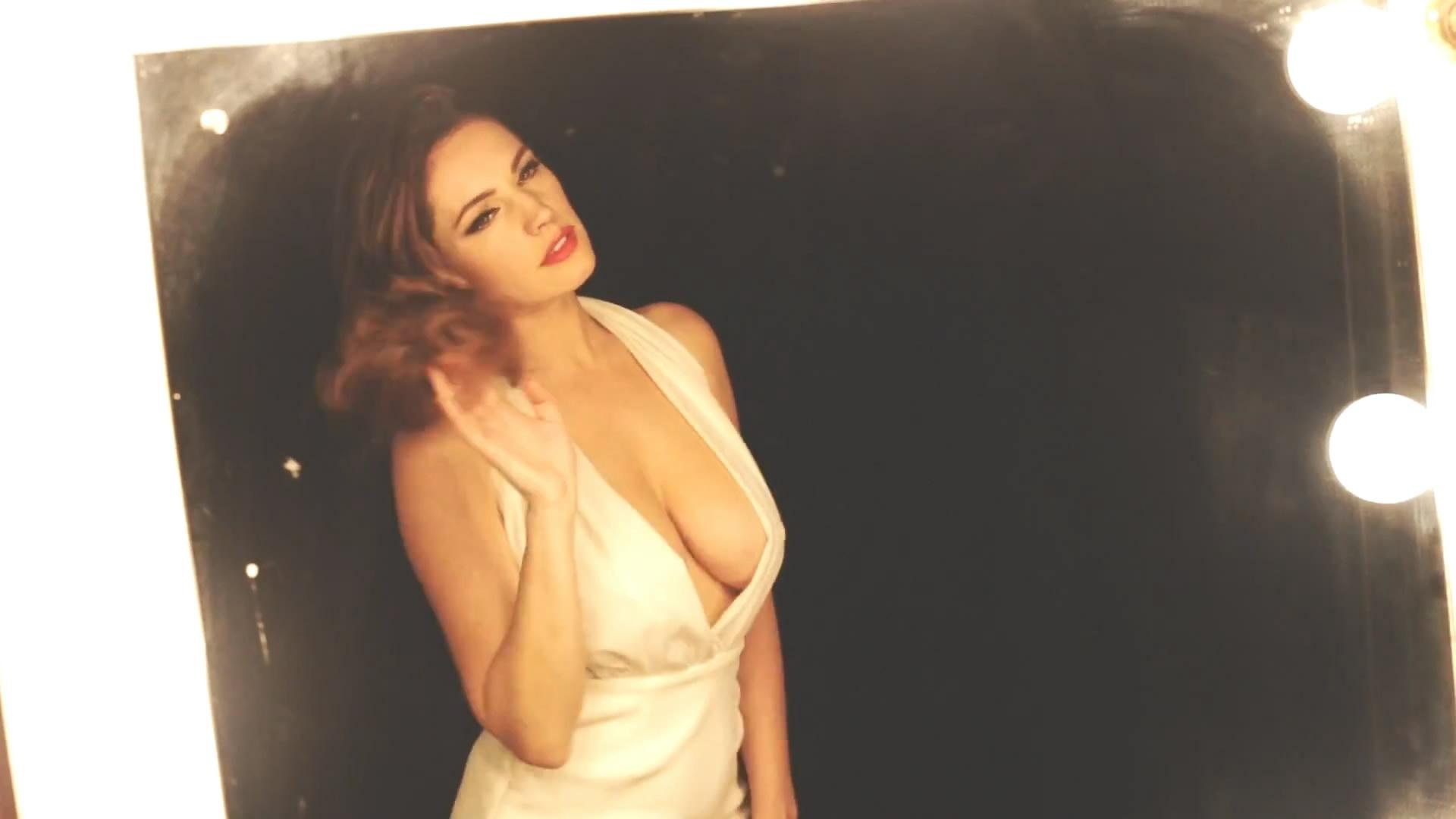 Kelly Brook - Audition Perfume Photoshoot_5.jpg