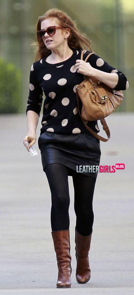 Isla Fisher  in Studio City (2).jpg
