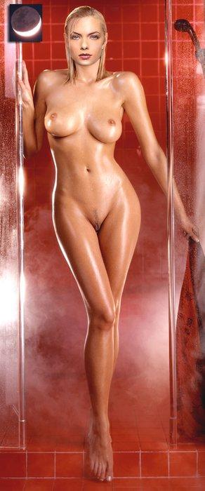 Jaime-Pressly-naked_95.jpg