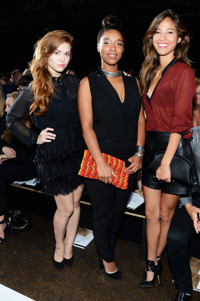 Kelsey+Chow+DKNY+Women+Front+Row+Spring+2013+wh82Nf_LMDHx.jpg