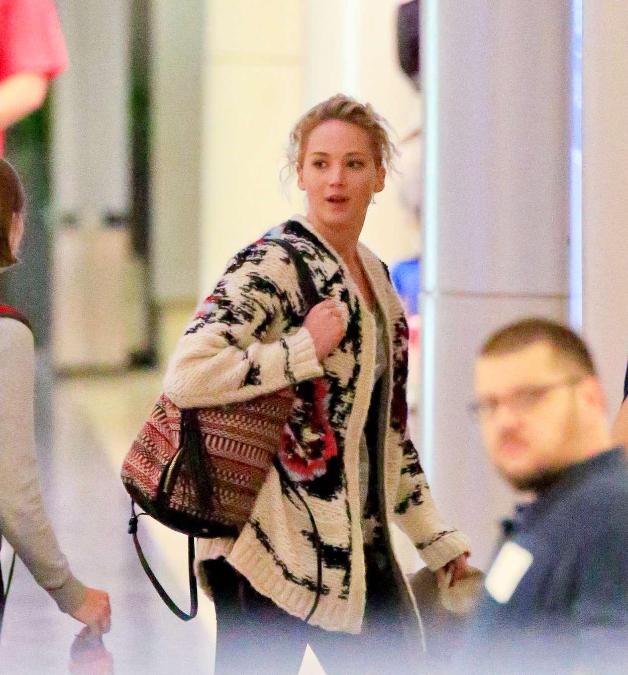 Jennifer Lawrence-54ds12012.jpg