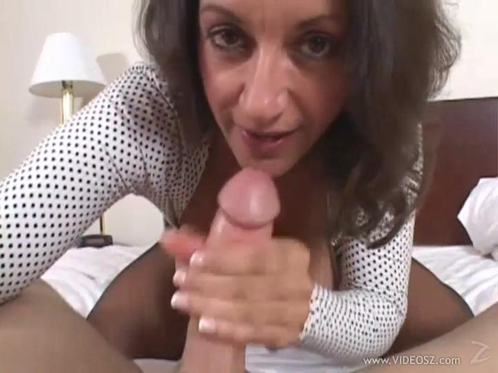 Persia Monir - Mom's a Cheater #2.mp4_snapshot_09.47_[2013.09.14_18.19.20].jpg