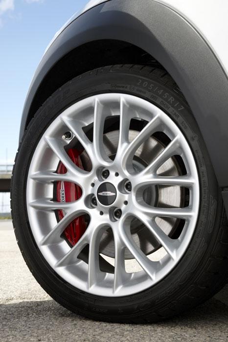 MINI Cooper Coupe 2012 c.jpg