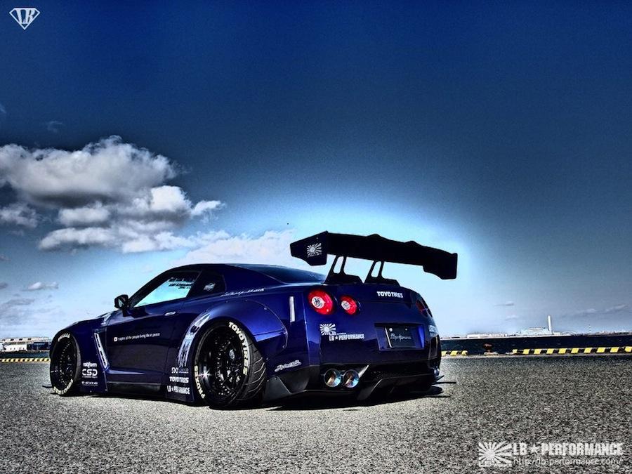 lb-performance-blue-gt-r-by-liberty-walk-03.jpg