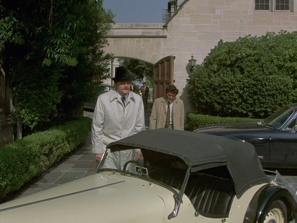 Columbo.S02E04.1972.Dagger.of.the.Mind.720p.BluRay.mkv_snapshot_00.45.59_[2014.09.29_04.02.14].jpg