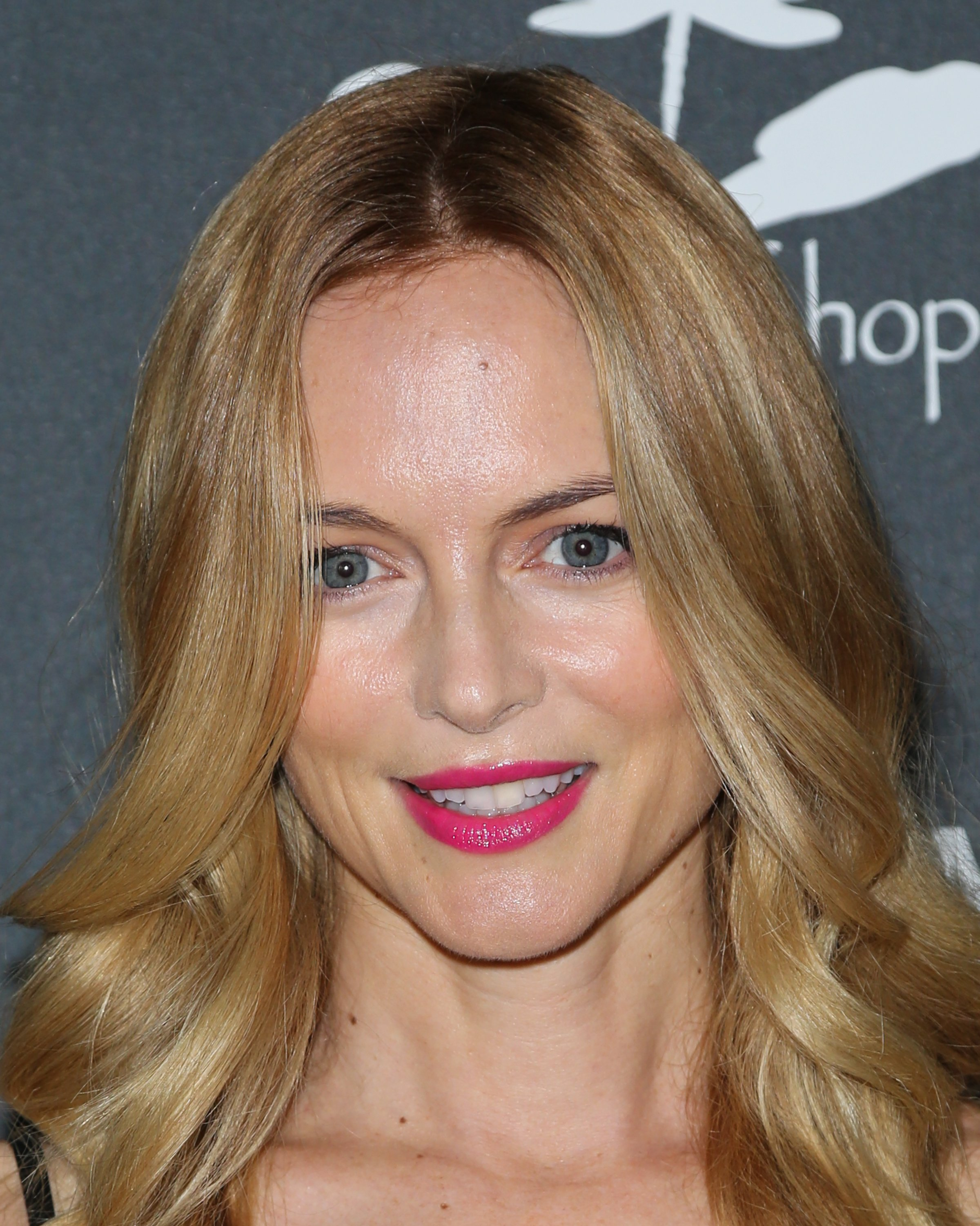 Heather Graham Echoes Of Hope's 3rd Annual Celebrity Poker Tournament in LA_062313_12.jpg