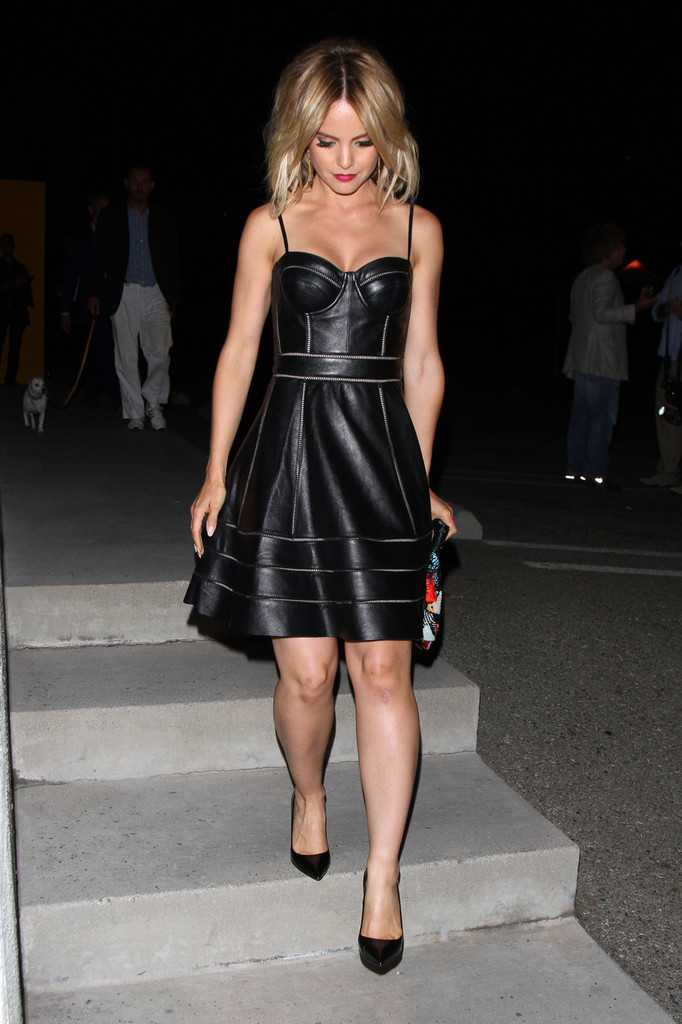 leaves The Fendi Party in West Hollywood 05.09.2012 _10_.jpg