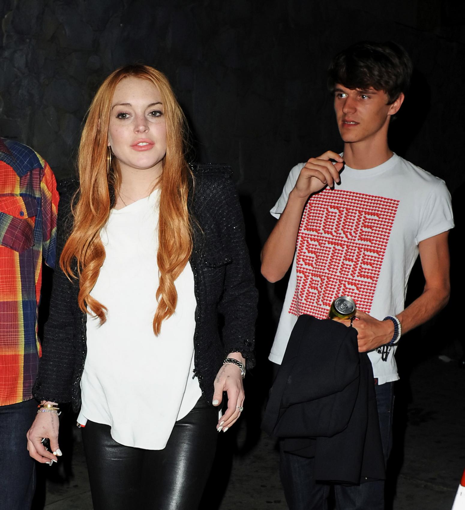 Lindsay Lohan - Night out @ LA - 150312_ 003.jpg