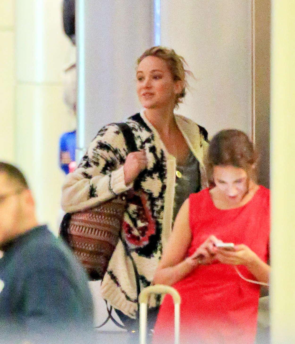 Jennifer Lawrence-54ds12011.jpg