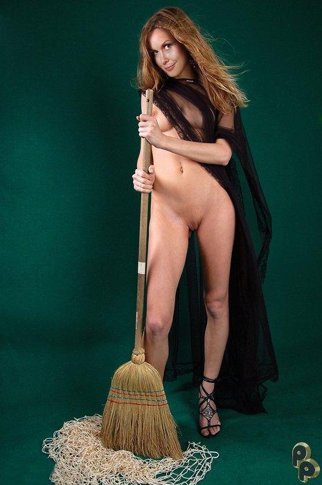 Elizabeth-Montgomery-nude_29.jpg