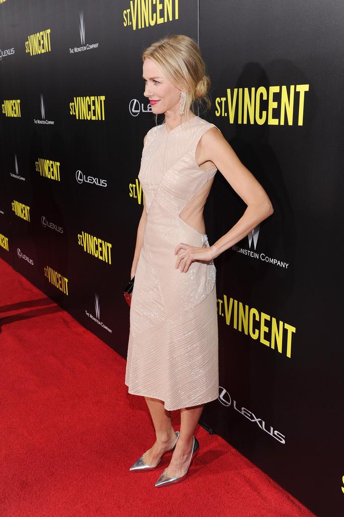 Naomi Watts St Vincent Premieres NYC Part yuphKTBwFZZx.jpg