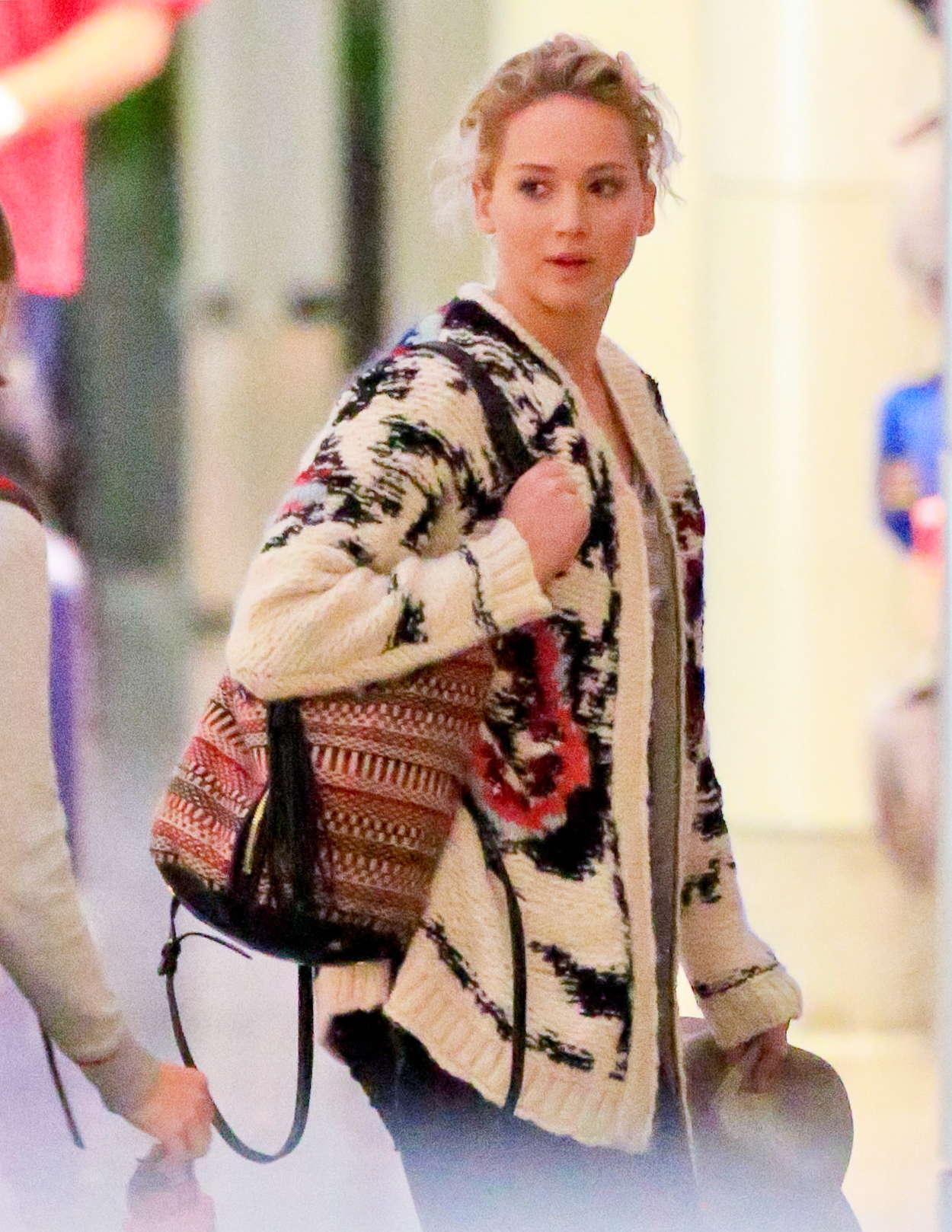Jennifer Lawrence-54ds12013.jpg