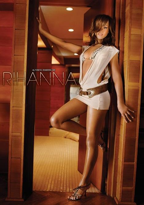 rihanna_showing_off_legs_2PjEP4v.jpg