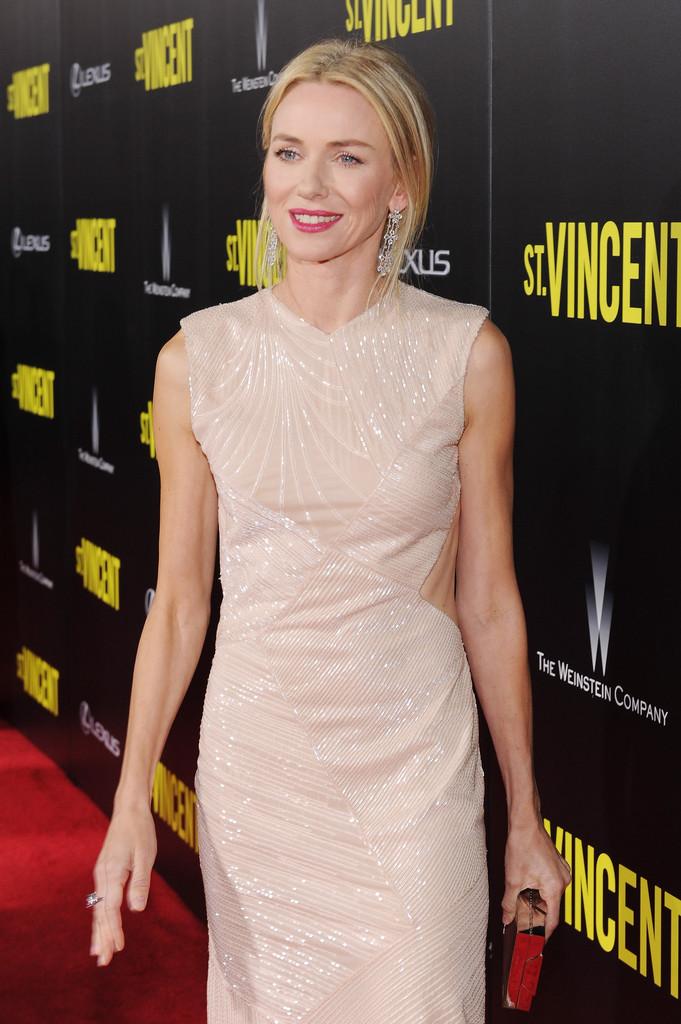 Naomi Watts St Vincent Premieres NYC Part CacRz3XdcRDx.jpg