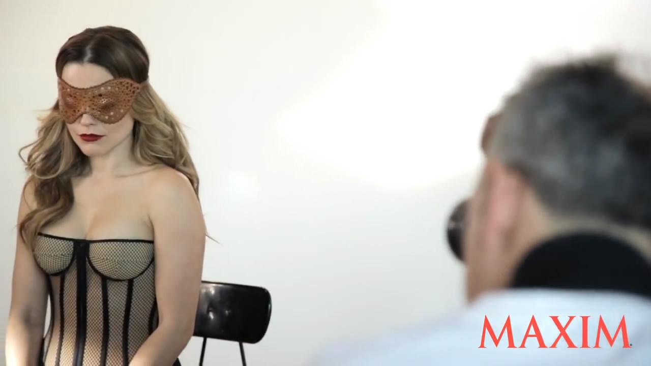 Sophia Bush Maxim BTS 7.jpg