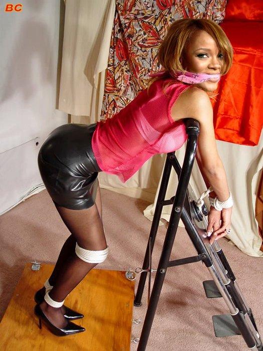 Rihanna-porn_64.jpg