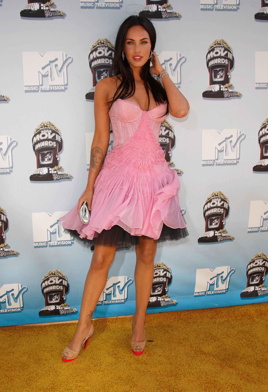 CelebutopiaMegan_Fox2008_MTV_Movie_Awards_Arrivals07_122_1126lo.jpg