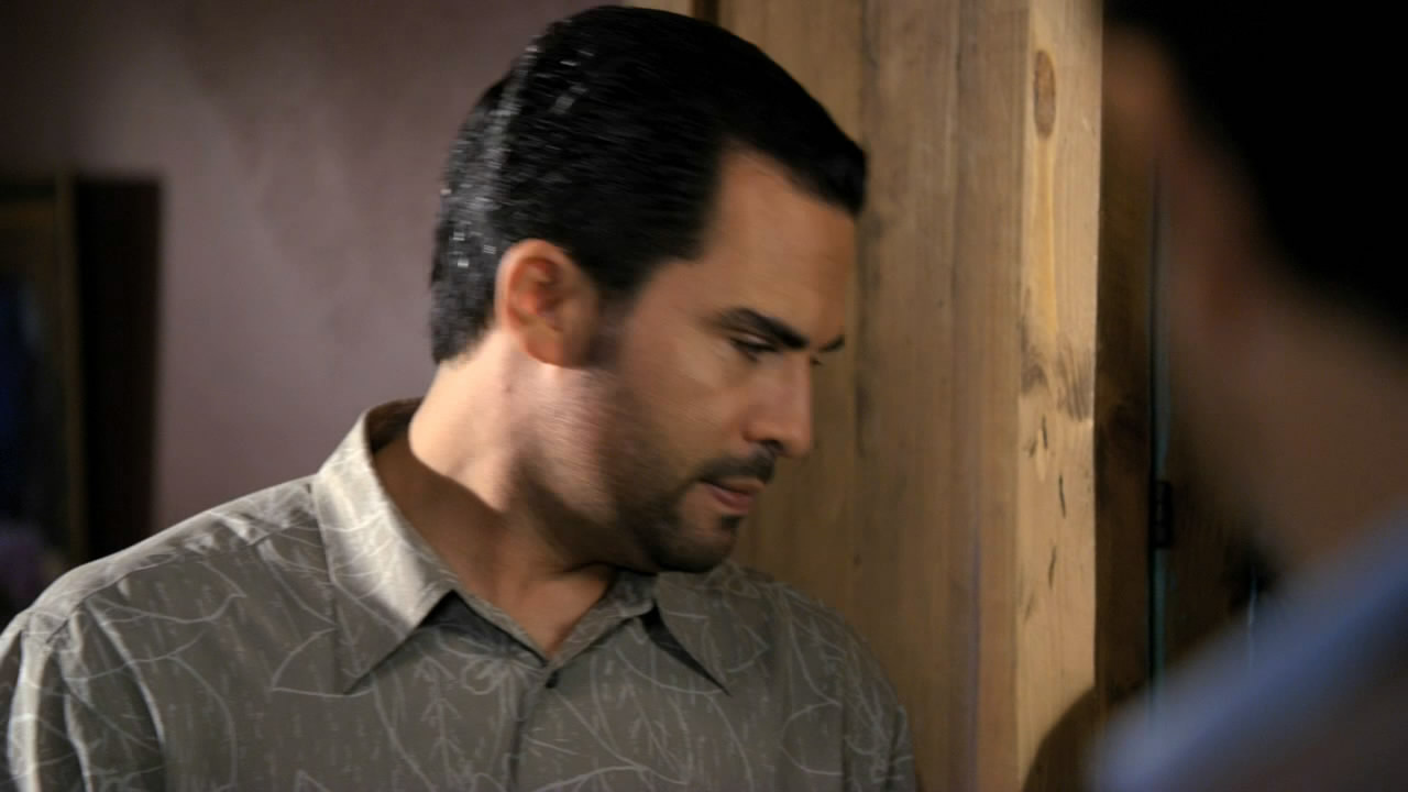 Criminal Minds S06E12 720p WEB-DL DD5.1 H264-NFHD.mkv_snapshot_13.49_[2014.12.11_02.55.31].jpg