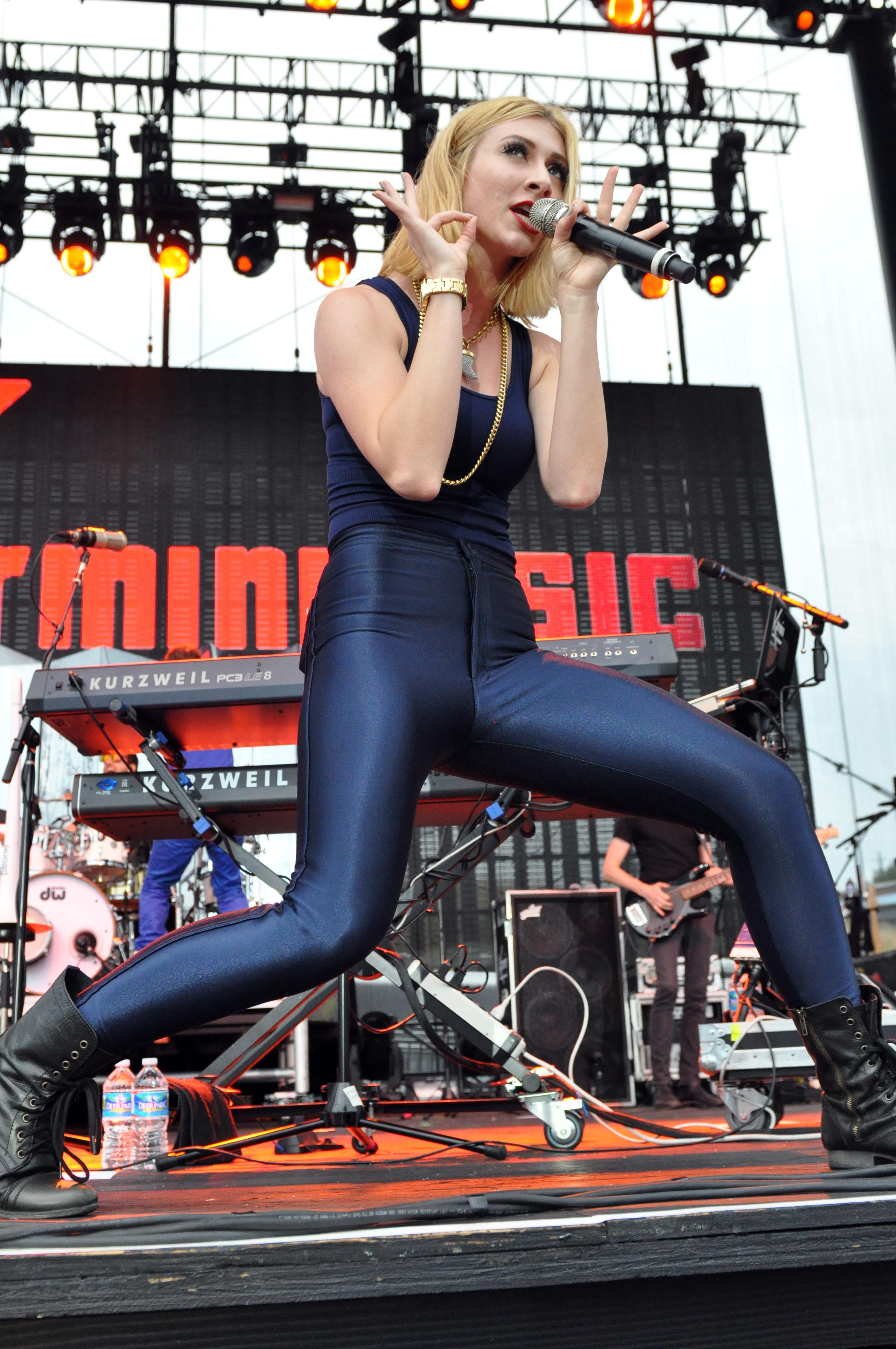 Amy_Heidemann_20130731_Concert_Raleigh_001.jpg